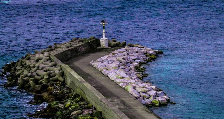 Λιμεναρχείο Μύρινας: Απαγορεύεται η αλιεία κοντά σε υποβρύχιες κατασκευές και καλώδια